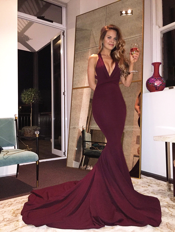 Gorgeous Prom Dresses, V-neck Prom Dress, Mermaid Prom Dress with Train, Burgundy Prom Dress, 2017 Long Prom Dress, Sexy Prom Gowns, Formal Evening Dress, Prom Dress