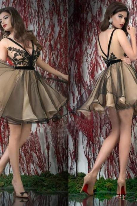 Short Homecoming Dresses,Low Back Homecoming Dress,Champagne Cocktail Dresses,Black Appliques Mini Prom Gowns DS390