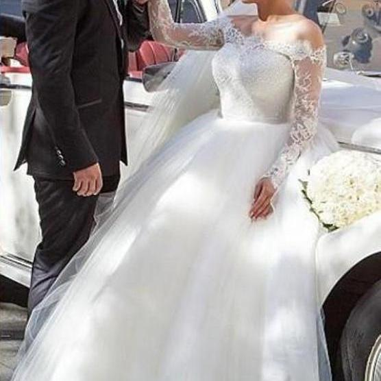 Hot Sales Long Sleeves Ball Gown Wedding Dresses,Lace Wedding Dress 2017,Sexy Princess Bridal Wedding Dresses,High Quality Plus Size Wedding Gowns,Vintage Bridal Gowns